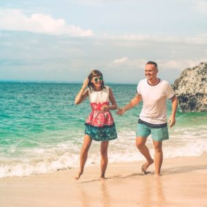 walking on the sand to strengthen your lower pain extremities