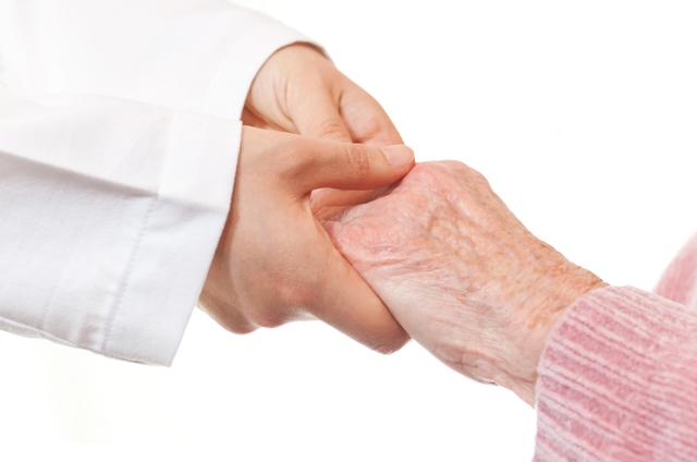 Symptoms of Rheumatoid Arthritis and What You Can Do